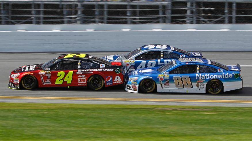 2015 Daytona 500 - Hendrick Motorsports - #24 Jeff Gordon - #88 Dale Earnhardt Jr. - #48 Jimmie Johnson